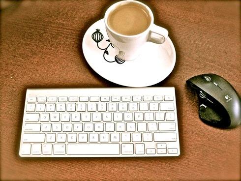 umputun, coffee, кофе, подкаст, рабочее место, фотографии, куда спрятать провода