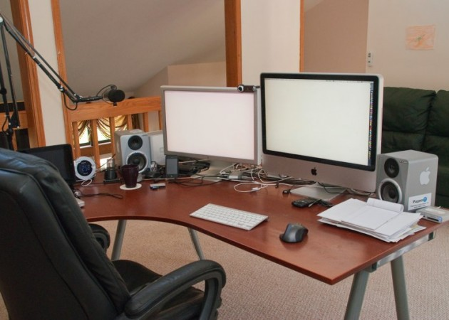 umputun-studio-back