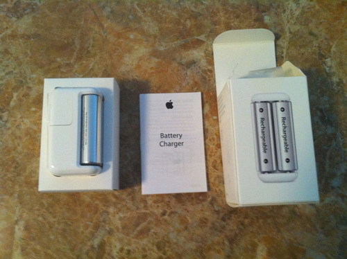 Apple_Battery_Charger_2