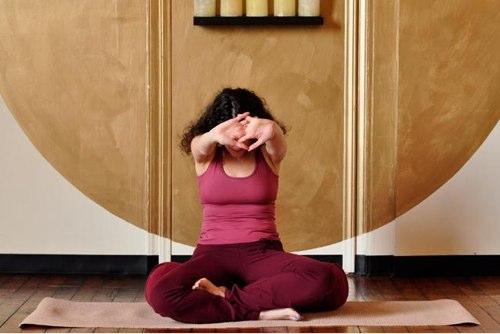 какие упражнения помогут успокоиться