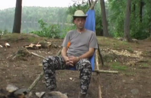 Как сделать удобное кресло на природе из подручных материалов