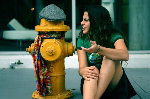 Как расположить к себе собеседника: 12 правил удачного разговора