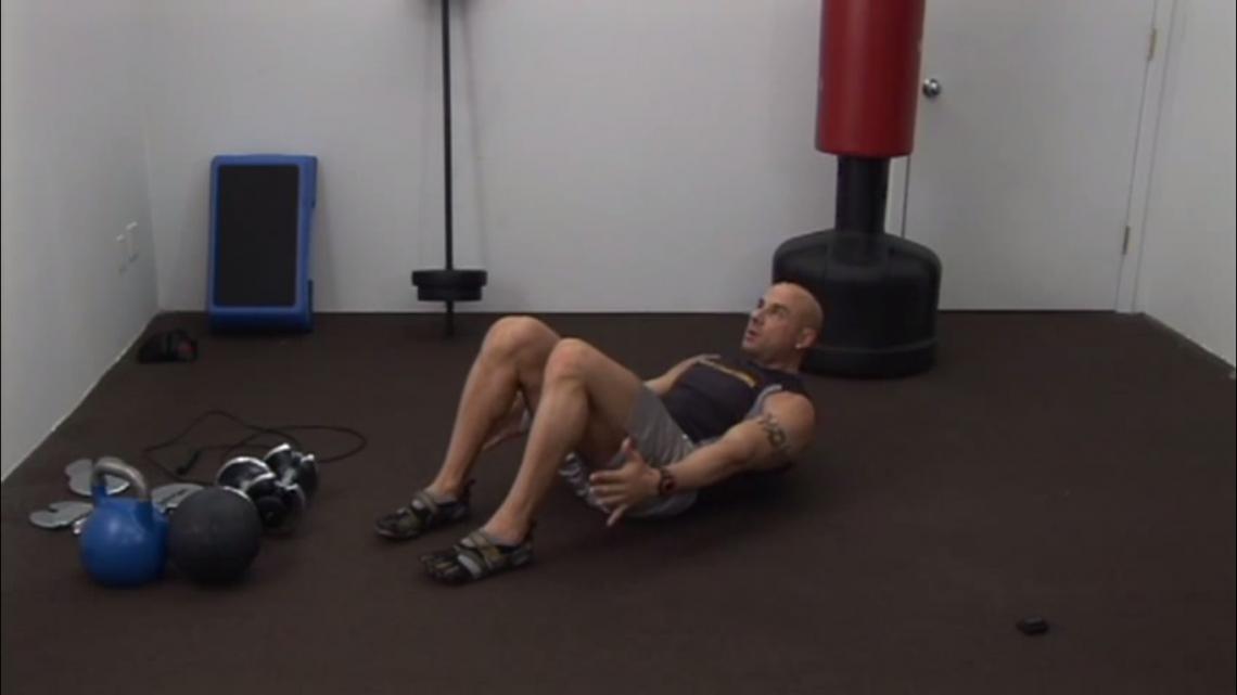 ВИДЕО: Упражнения для пресса от Angry Trainer Fitness