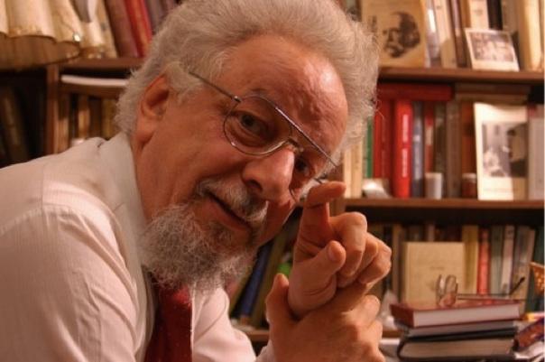 Рабочие места: Владимир Шахиджанян, создатель «СОЛО на клавиатуре», автор книги «Учимся говорить публично»