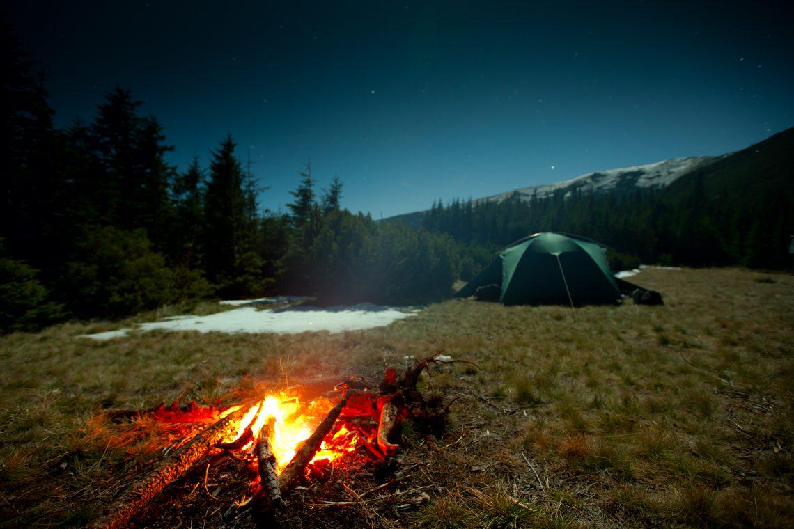 ВИДЕО: Шведская свеча, или Как быстро приготовить пищу в походных условиях