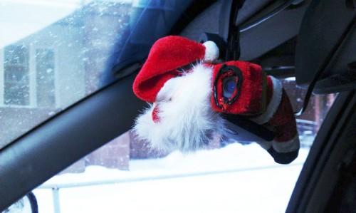 Совет читателя: Как спрятать видеорегистратор в машине