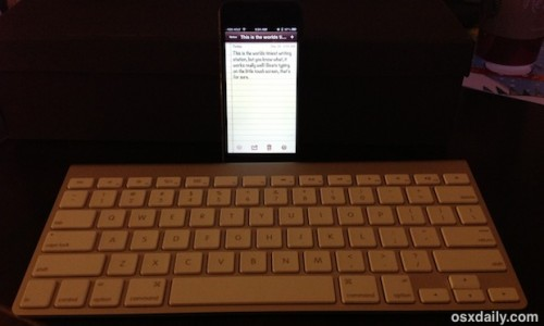 3-iphone-with-external-keyboard