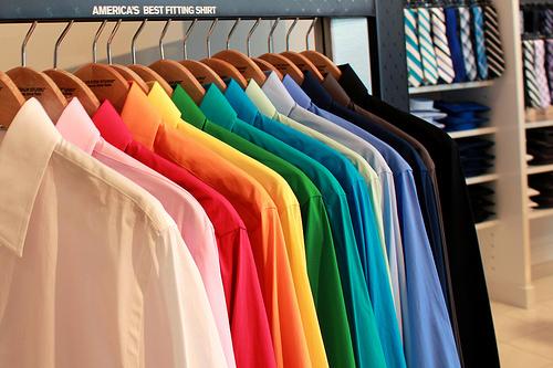 Весенняя уборка: как быстро и легко разобраться в одежном шкафу?