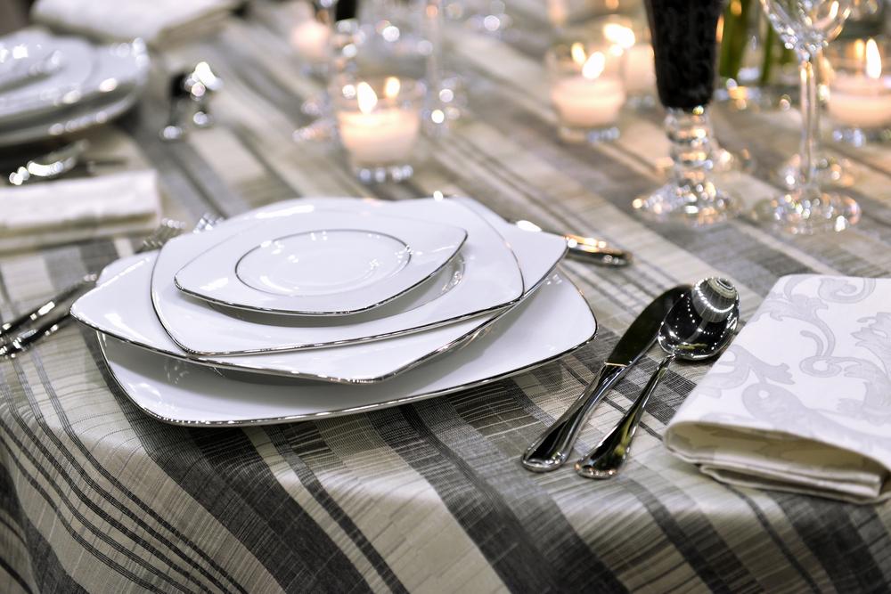 ИНФОГРАФИКА: Правила сервировки праздничного стола