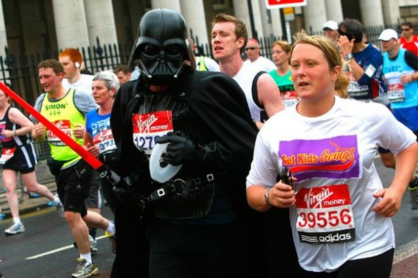 A+runner,+dressed+as+Darth+Vader,+passes+by+the+University+of+Greenwich+during+the+2010+Virgin+London+Marathon
