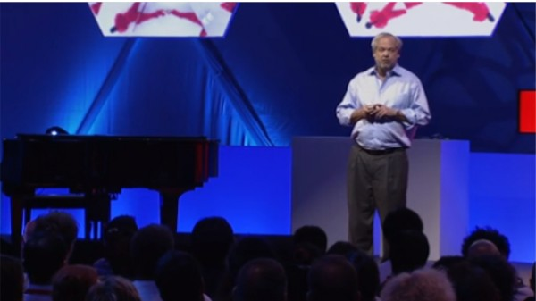 ВИДЕО: Хуан Энрикес о клеточной инженерии, эволюции и мутациях