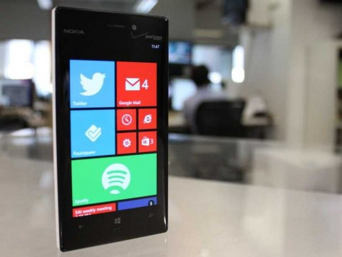 nokia-lumia-928-windows-phone-8-home-screen-1