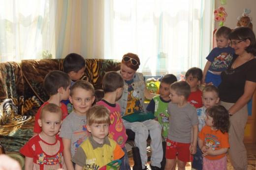 Настя занимается организацией благотворительных мероприятий для ребят из детских домов и интернатов