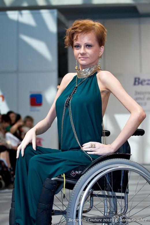 Настя - официальная модель проекта Bezgraniz Couture