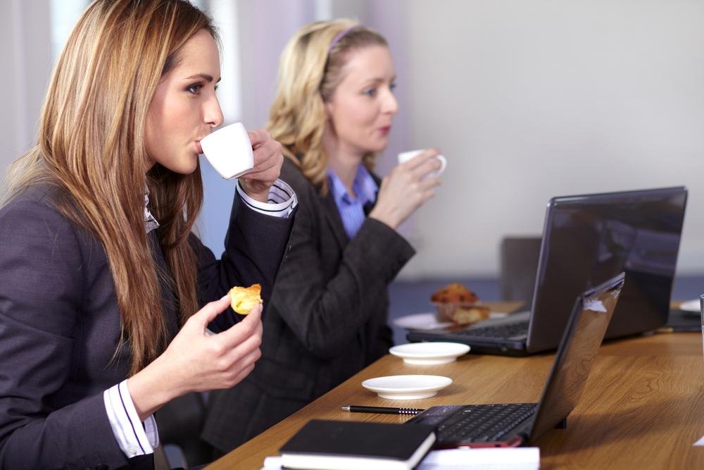Что успешные люди делают во время обеда?