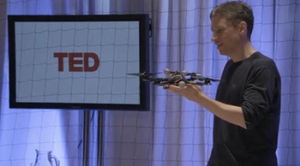 ВИДЕО: Летающие роботы-помощники