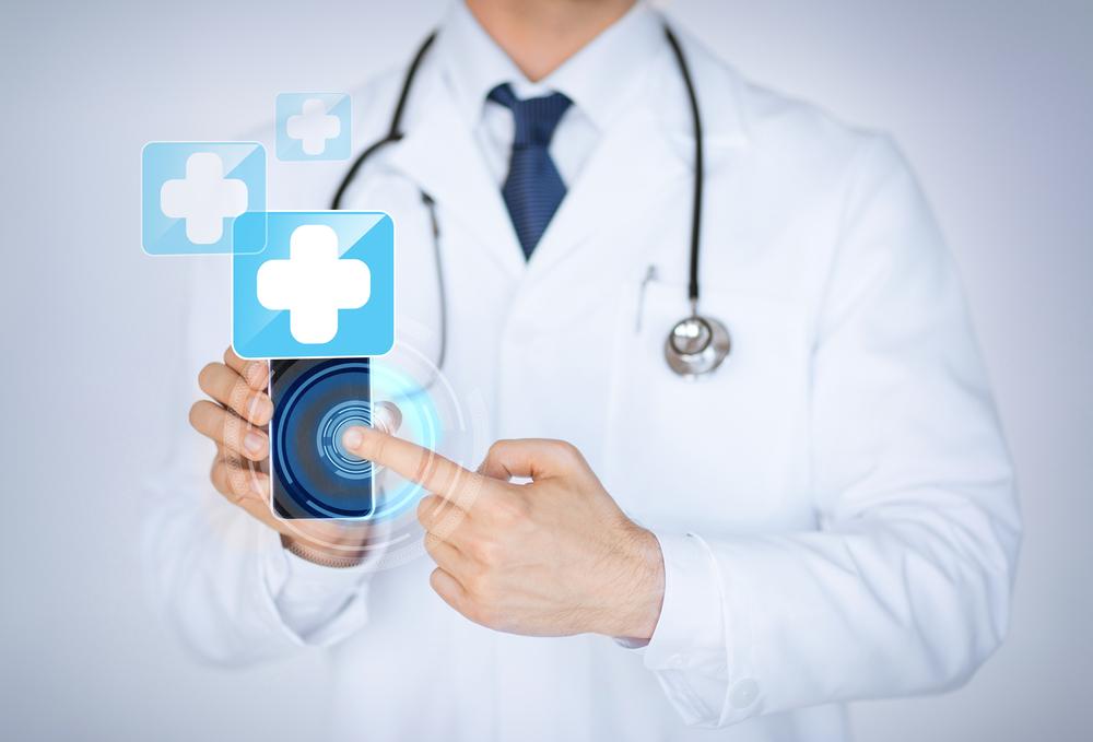 Приложение ИнфоДоктор: как записаться к врачу без очередей и звонков?