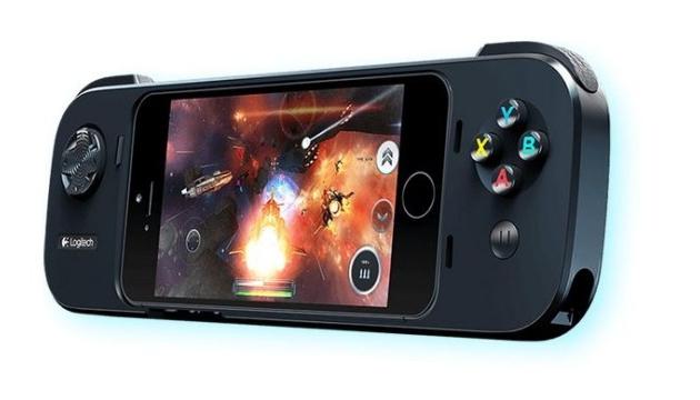 Logitech представила игровой контроллер для iPhone
