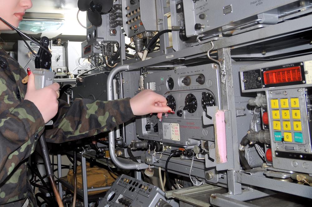 Как организовать оперативную радиосвязь в условиях города без доп. затрат и покупки оборудования