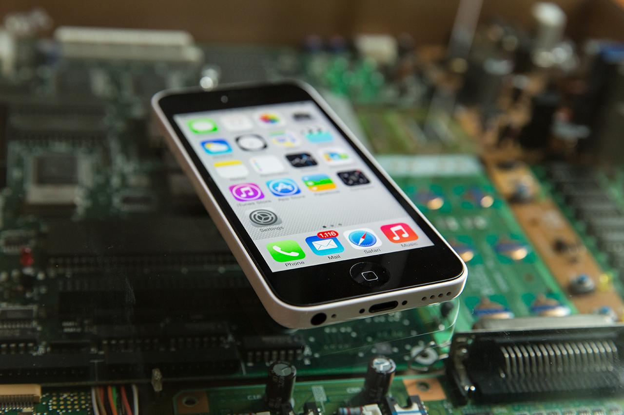 Производство сапфировых стекол для iPhone 6 уже началось