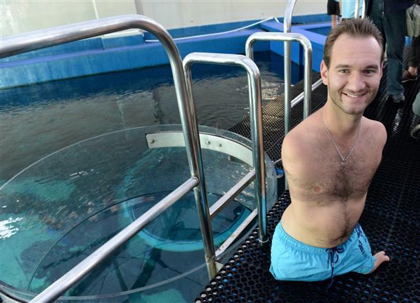 80% тела Ника - легкие, он отлично плавает