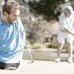 Ник играет в гольф
