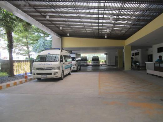 В Таиланде все машины – тойоты. В том числе и скорые