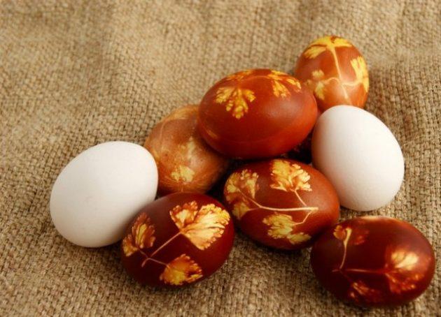 Как сделать пасхальное яйцо: интересные идеи плюс натуральные красители