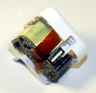 Инверторы напряжения 12-220 вольт Ipade-case-fin