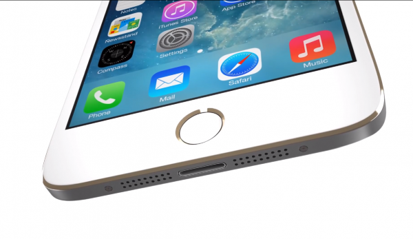 Макет iPhone 6 vs. Galaxy S5 (фото)