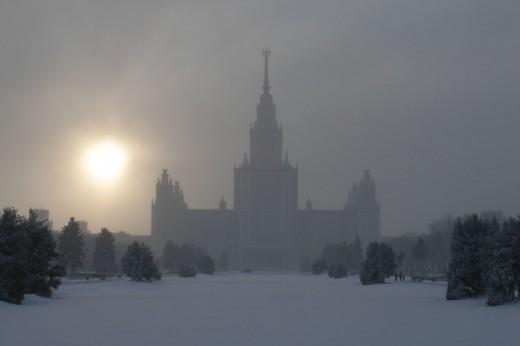 МГУ в тумане/Vascoplanet