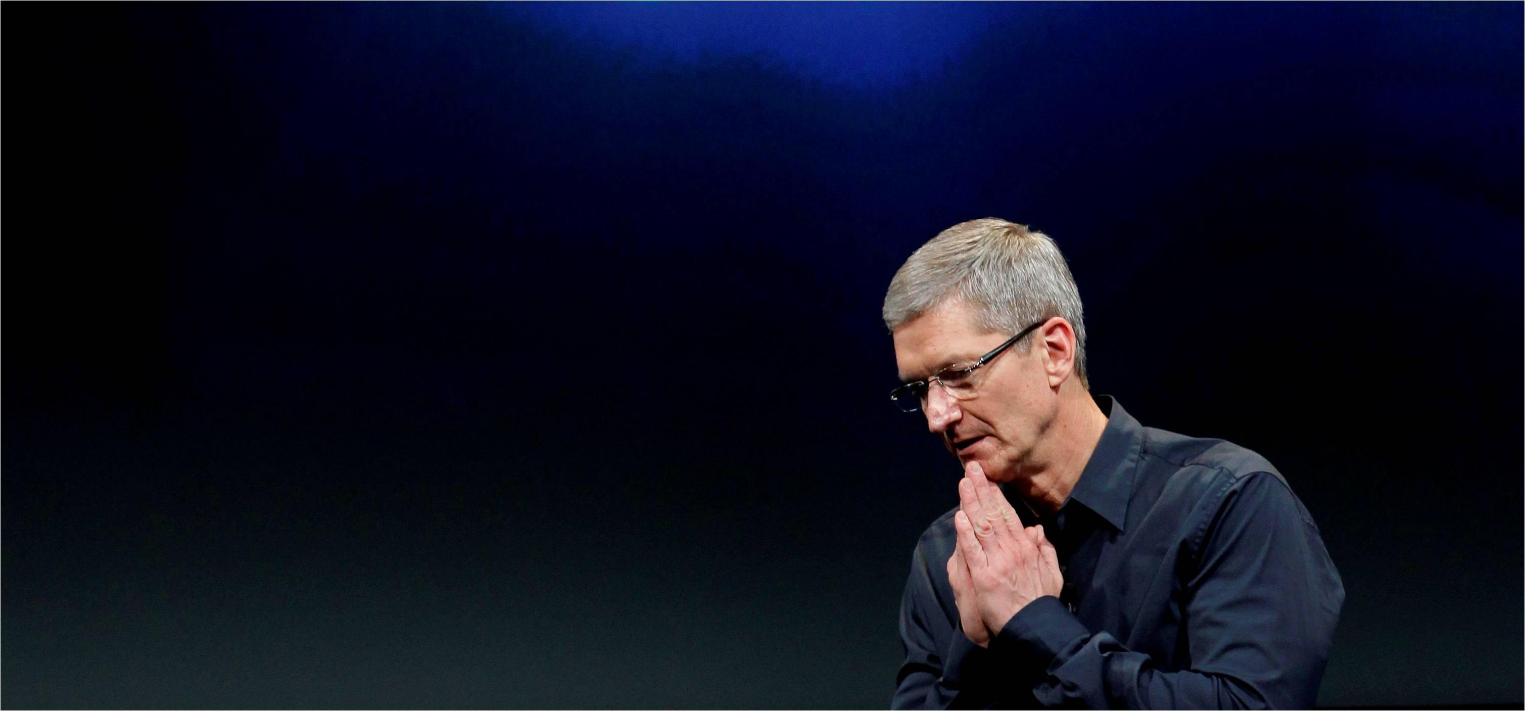 Как Тим Кук меняет имидж Apple