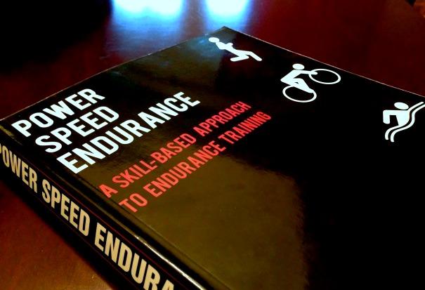 РЕЦЕНЗИЯ: Power Speed Endurance, Брайан Маккензи — лучшее из мира CrossFit, выносливости и биохакинга