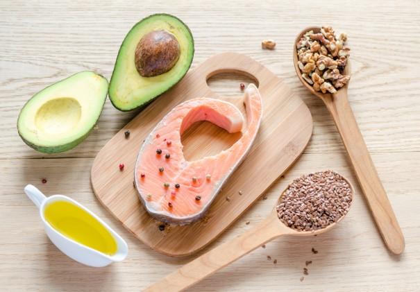Новая диета: чуть меньше углеводов и чуть больше жиров