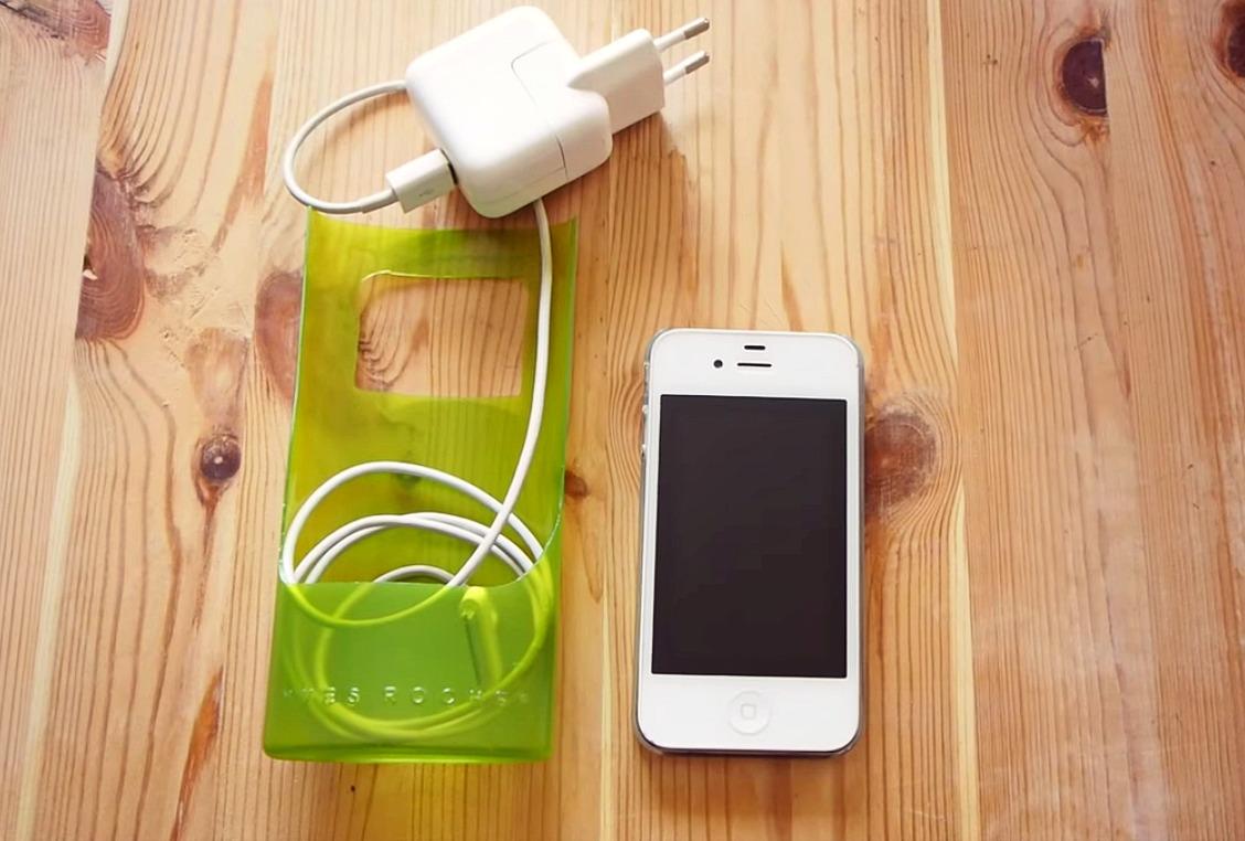 ВИДЕО: Как аккуратно сложить провод при зарядке телефона