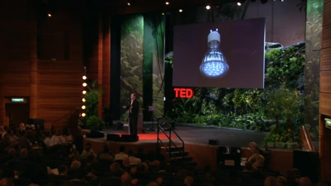 ВИДЕО: Что было бы, если бы лампочка могла передавать беспроводной Интернет