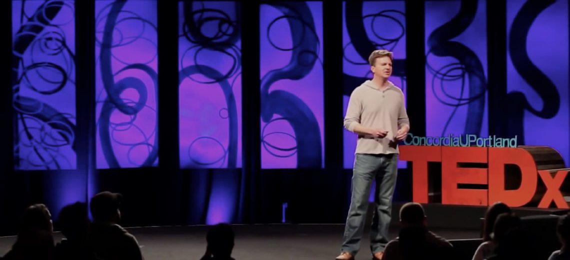 ВИДЕО: Чему сфера технологий научилась у Линуса Торвальдса