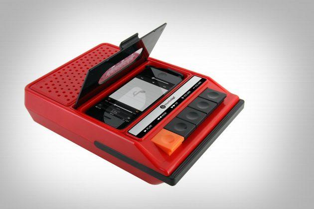 Ретро-проигрыватель для iPhone и iPod