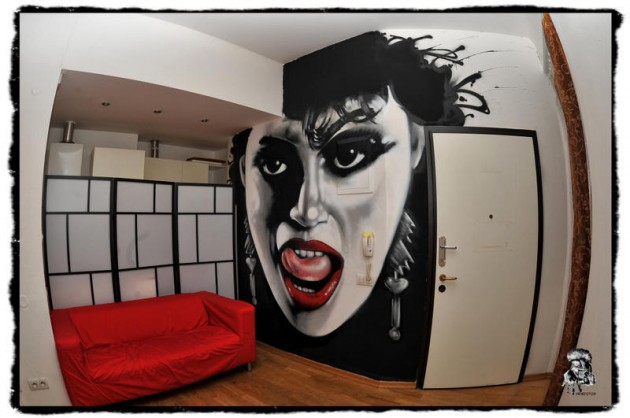 The MadHouse Hostel room