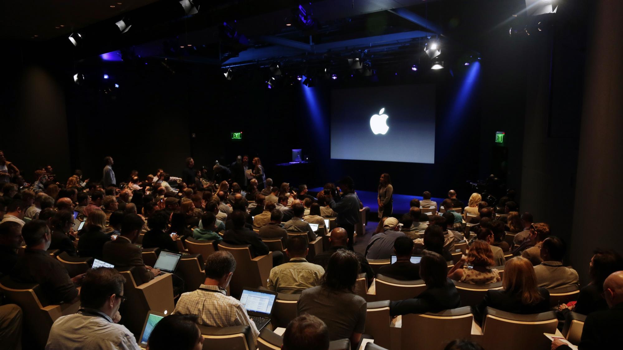 Почему качество софта Apple снижается год от года