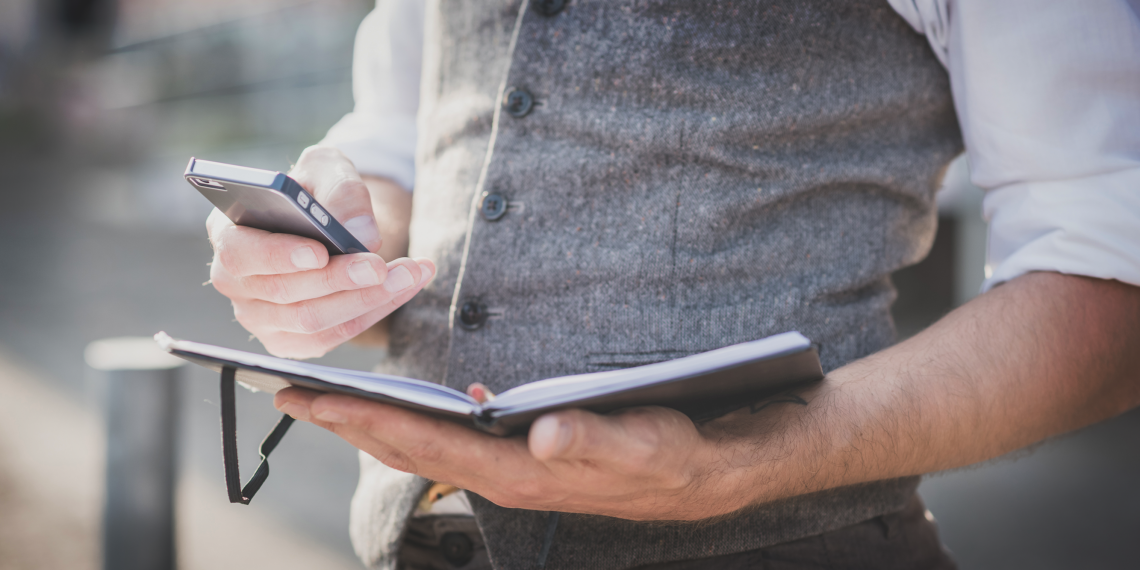 Какой дневник — бумажный или электронный — стоит завести именно вам