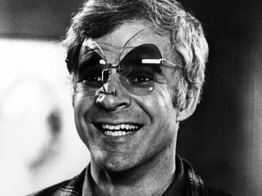 """Фил Шиллер о Google Glass: """"Нормальный человек не будет носить эту штуку"""""""
