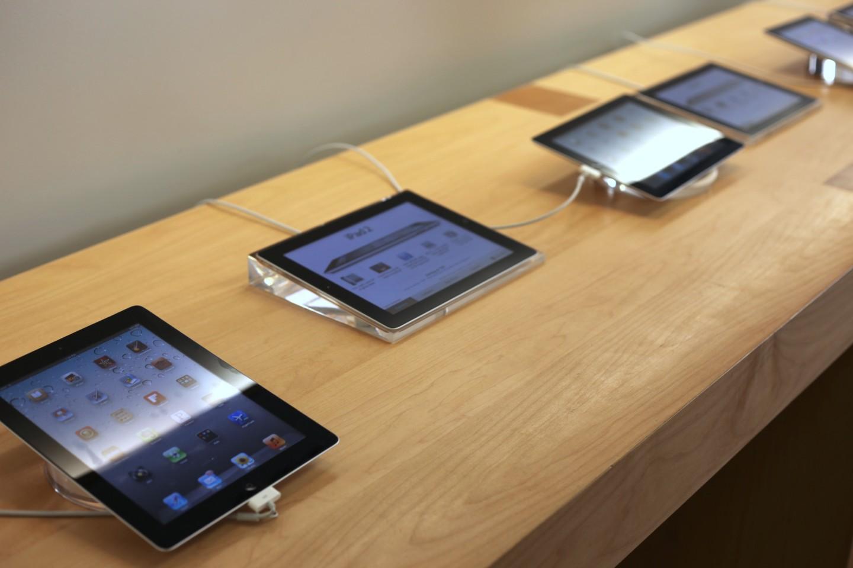 Продажи iPad в этом году сократятся на треть