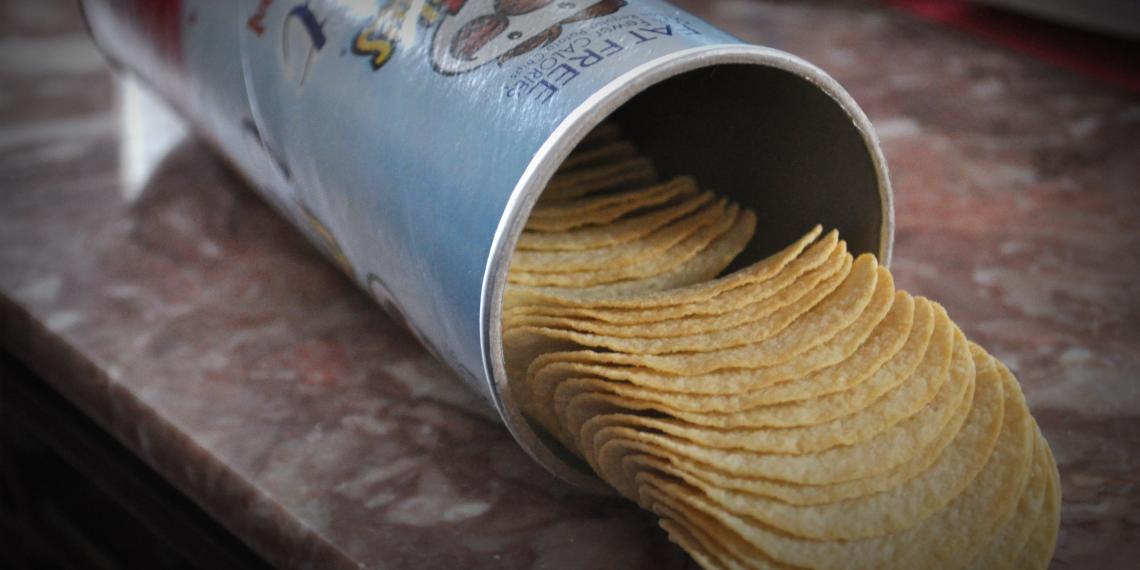 ВИДЕО: Как едят Pringles настоящие лайфхакеры