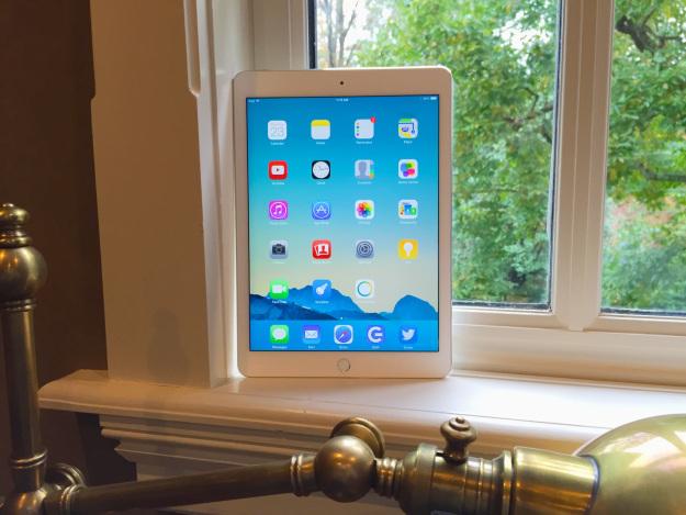 В Сети появились фотографии первого аксессуара для iPad Pro