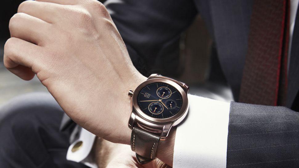 LG представила премиальные часы для конкуренции с Apple Watch