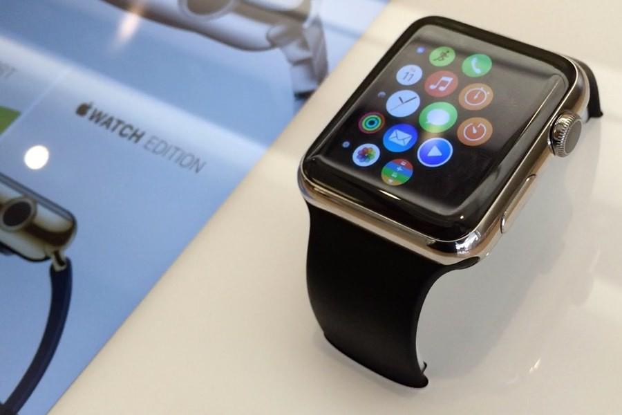 Цены на Apple Watch в России выше закупочных в 2-4 раза