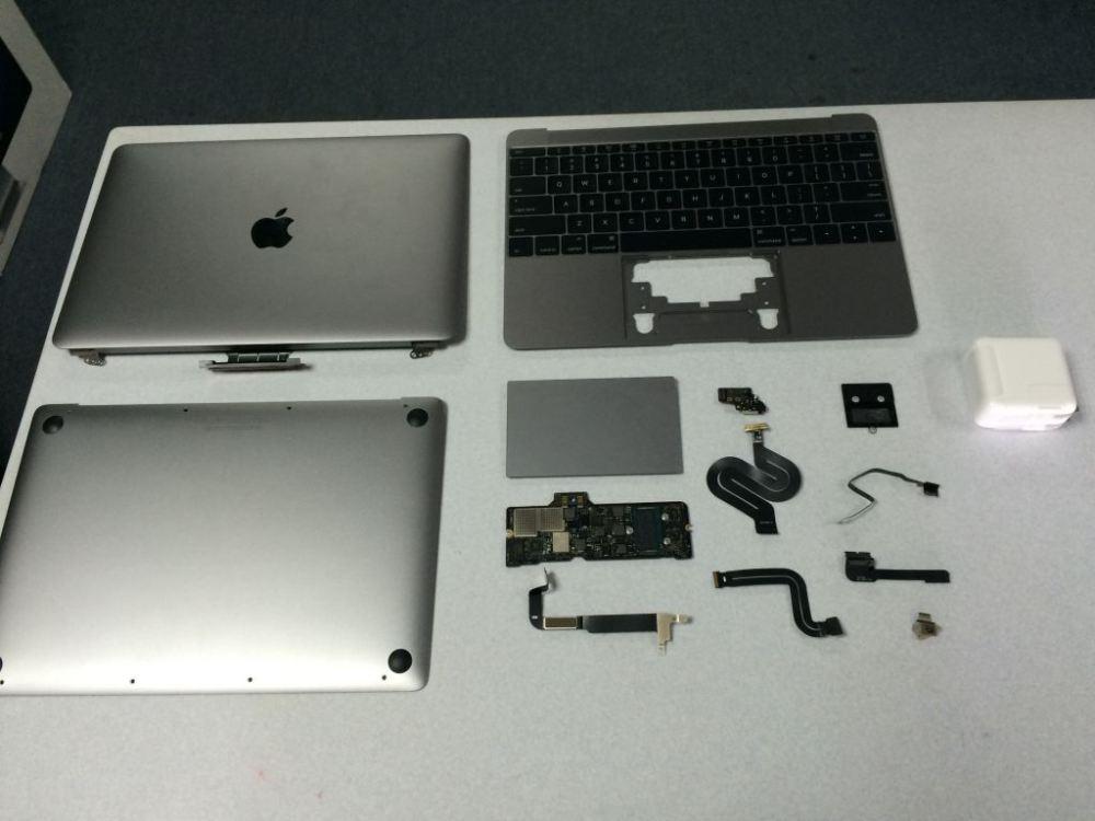 Галерея фотографий разобранного 12-дюймового MacBook