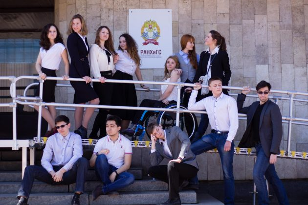 Люди с инвалидностью: Анна Драгина, студентка, активистка и просто красавица