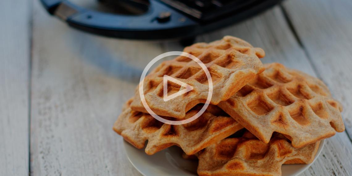 ВИДЕО: Простые закуски, которые можно приготовить в вафельнице